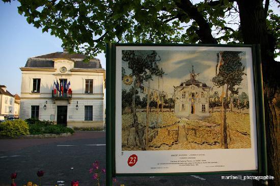 La mairie d 39 auvers picture of auvers sur oise val d for Auberge ravoux maison van gogh