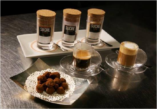 La Cepada Hotel: detalle cafe