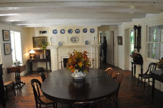 Melrose Plantation: Dining Room-Melrose House