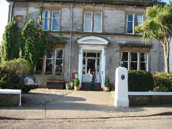 The front of the Ardshiel Hotel