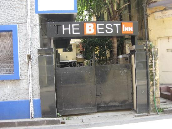 The Best Inn: Front Gate