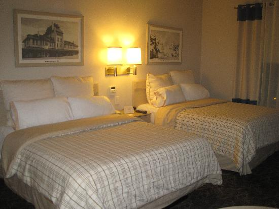 Four Points by Sheraton Galerias Monterrey: Queen Beds