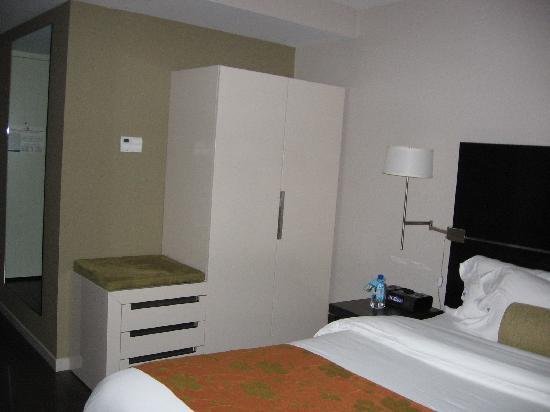 Hotel Indigo Boston Newton Riverside Ma