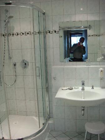 Hotel Lohmann's Kapeller Hof: Bad