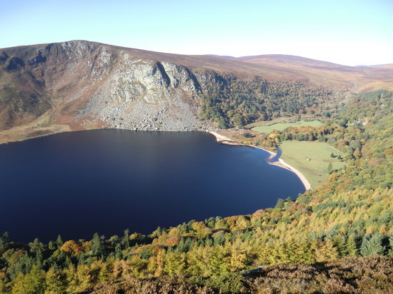Over the Top Tours : A look to lough Tay direction Sally Cap