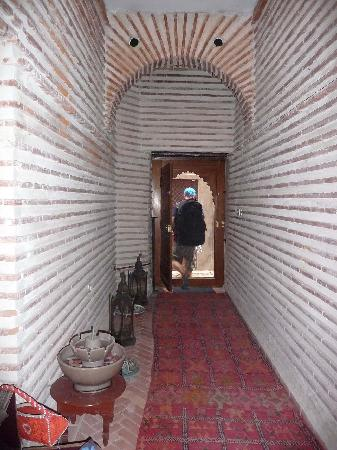 Riad Dollar Des Sables : Leaving Riad for the last time.