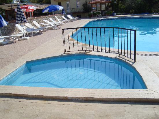 Kaya Apart Hotel: Kids Pool