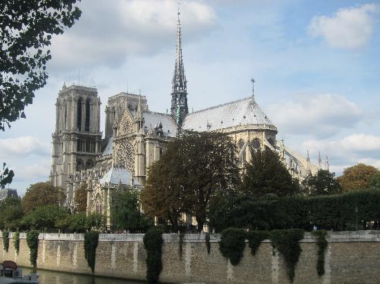 Photo Tours In Paris: Notre Dame