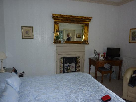 Fair Rigg Guest House: the lovely room