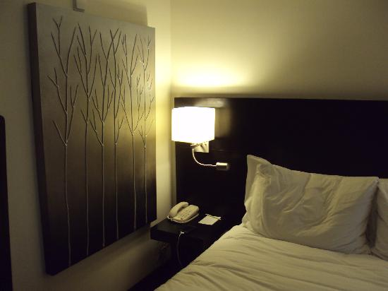 Le Petit Hotel : Inside of small room