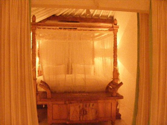 Oazia Spa Villas: The Bed