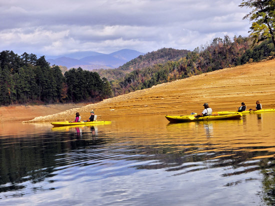 PaddleFish Kayaking - Private Day Trips: Fontana Lake Kayak Adventure - GSMNP