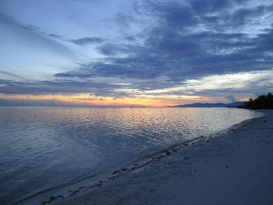 Sunset on Anda Beach