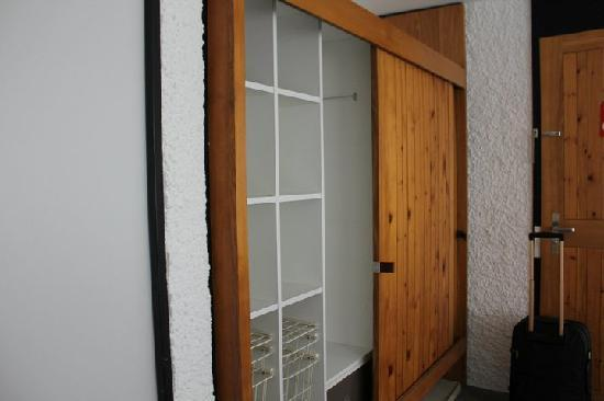 Hauser Hotel St. Moritz: the wardrobe 2