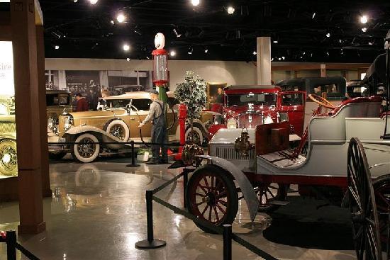 Studebaker National Museum: cars