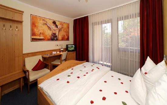 Flair Hotel Vino Vitalis: Einzelzimmer 17 qm