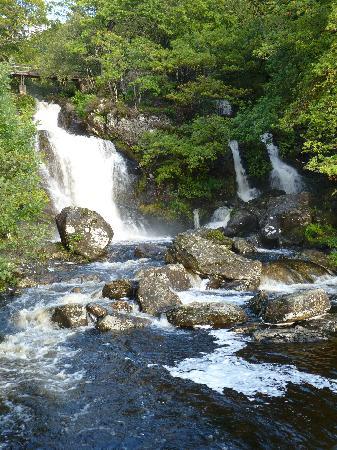 Inversnaid Hotel: Arklet Falls