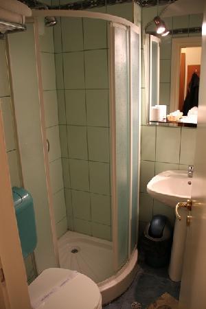 Codrisor : Dusche