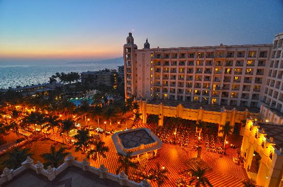 Hotel Riu Vallarta : Evening view from our room