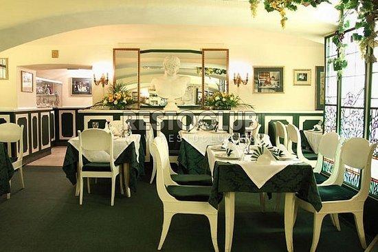 Cat Restaurant: Major room