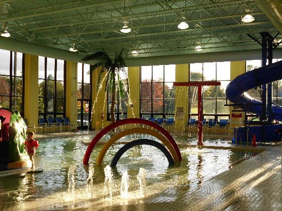 DoubleTree Resort by Hilton Hotel Lancaster: kids water area