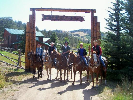 Elk Mountain Ranch: September Adult-Only Weeks