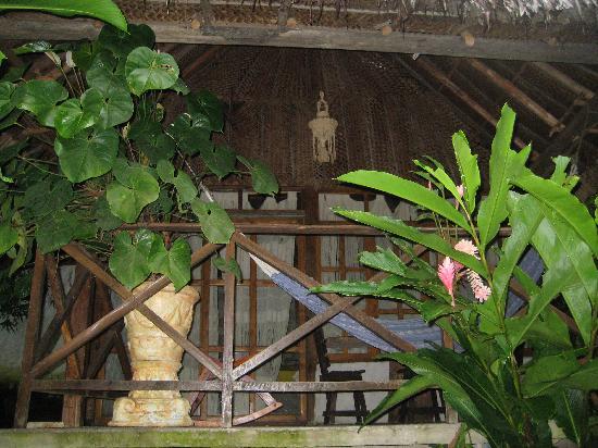 Ecohostal Yuluka: porch