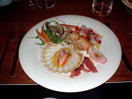 Lineadombra: l'assiette de la mer tout en cru