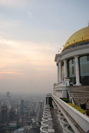 lebua at State Tower: View from the top floor.