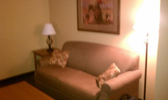 Dodge City, KS: Roomy Sitting Area