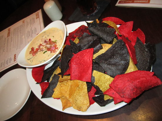 Firebirds Wood Fired Grill : Lobster Spinach Queso Dip