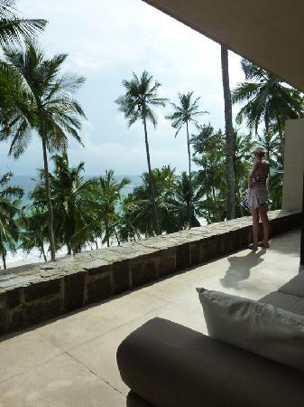 Amanwella: Balcony over looking beach, sounds of the ocean waves