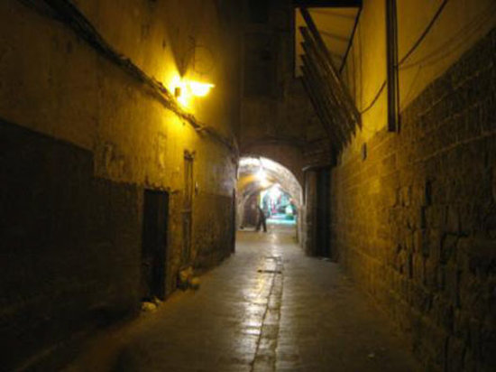 Damascus Old City Hostel: Old City Street