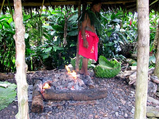 Pago Pago Tradewinds Tours - Day Tours: Umu - Outdoor Samoan Kitchen