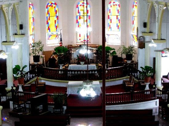 Pago Pago Tradewinds Tours - Day Tours: Zion Church, Leone