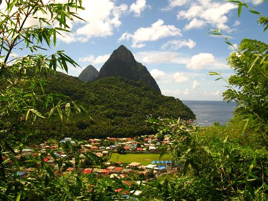 Village Inn & Spa at Rodney Bay : The famous Pitons and village