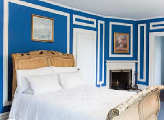 Crabtree's Kittle House Restaurant & Inn : This was our actual room - a delight!