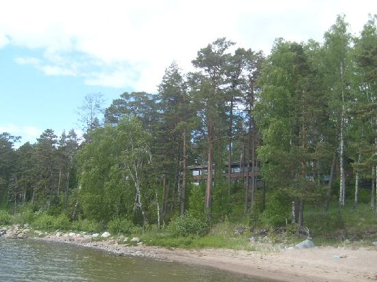 Hotel Rantapuisto: Hotel from sea side