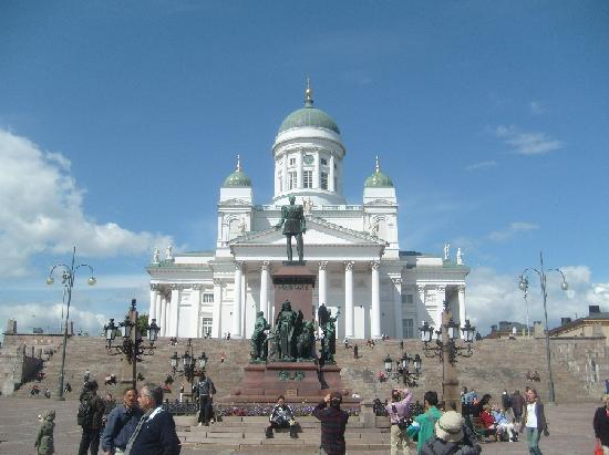 Hotel Rantapuisto: Helsinki Cathedral