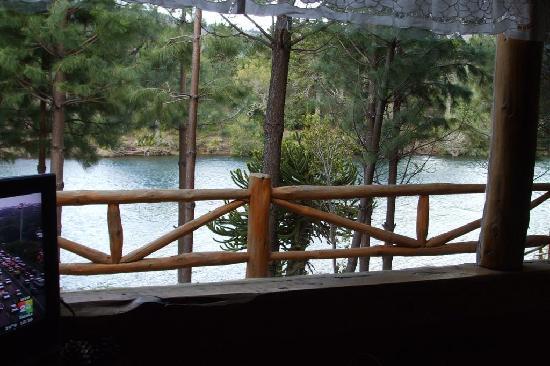 Cabanas Costa Bonita: Vista desde el deck de la cabaña