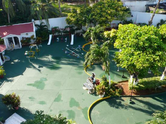Hotel Arena Blanca : Pool area