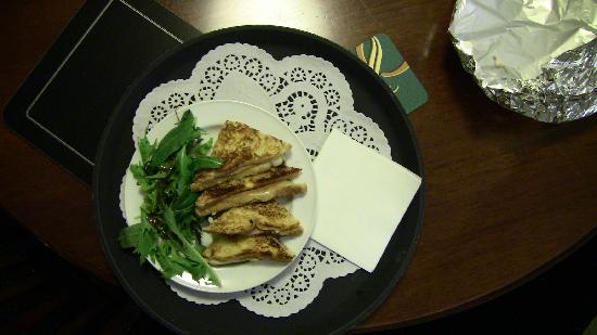Quality Hotel Parnell: Grilled sandwich from the room service