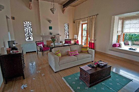Kookas, Indien: Spacious Living Room