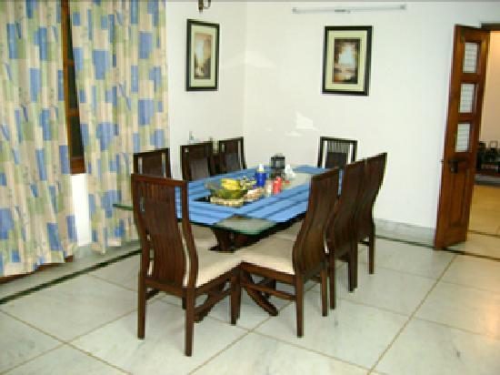 Ananda Homestay: Enjoy home cooked meals here