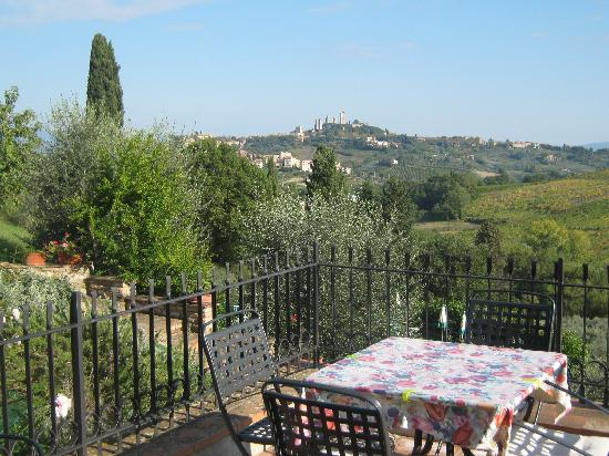 Podere Montese: Exquisite view of San Gimignano just 2 km distance