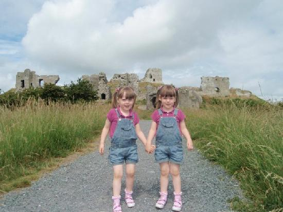 Rock of Dunamase: Hill up to the Rock