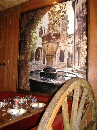 Bistrot du terroir : Une des tables de la grande salle