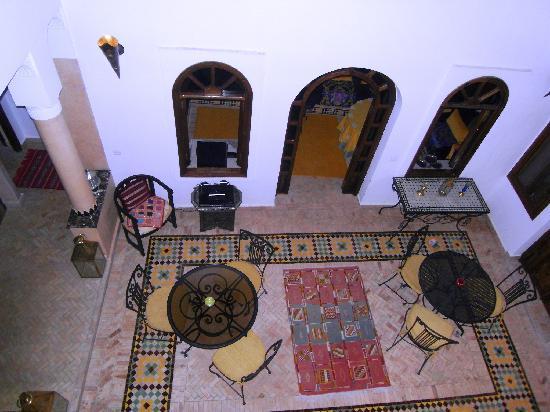 Riad Sesame: patio_vu_de_la_chambre Yasmine
