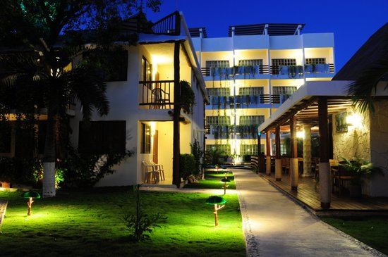 Photo of Hotel Posada Sian Ka'an Playa del Carmen