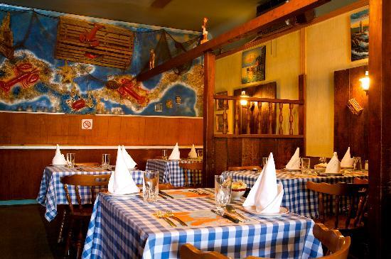 Lobster Trap Restaurant: The interior